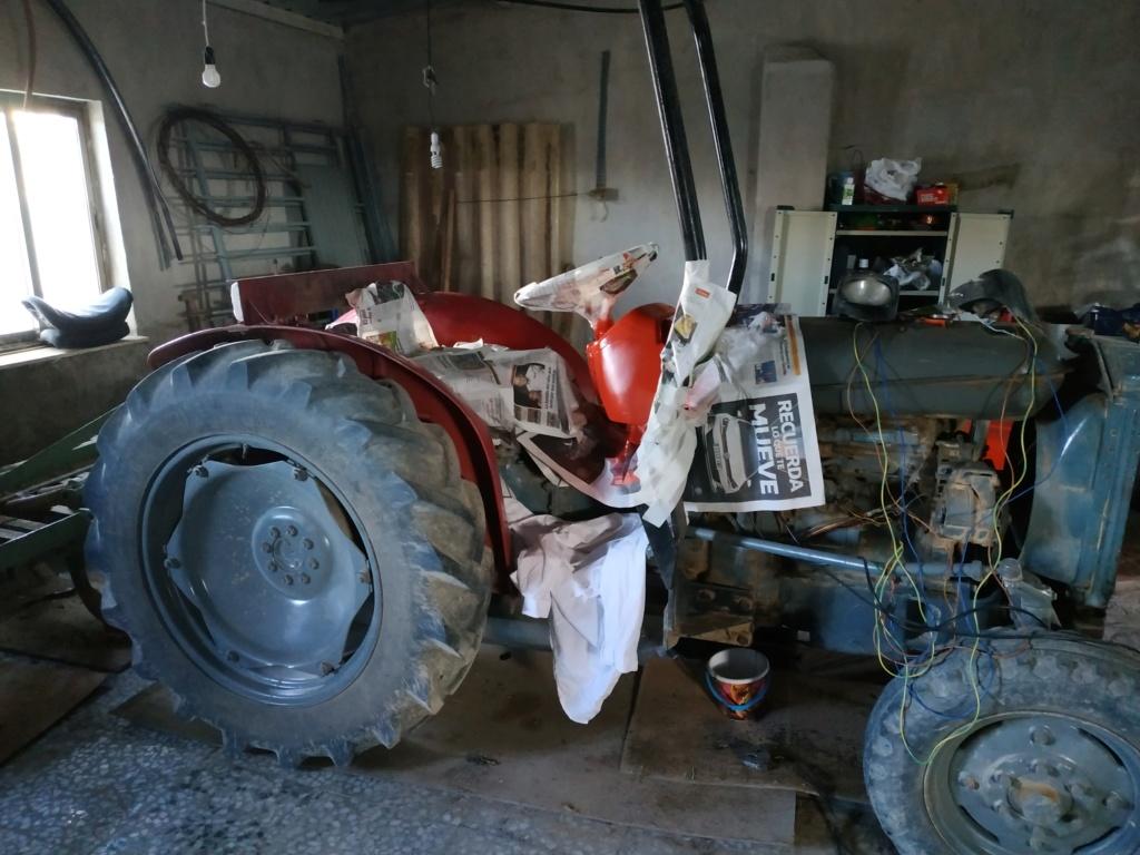 Alzhie - Massey Ferguson 147. Lavado de cara, Electricidad, alguna foto y algún vídeo.  Img_2039
