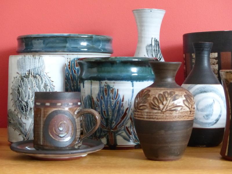 Briglin Pottery (London) - Page 8 P1080811