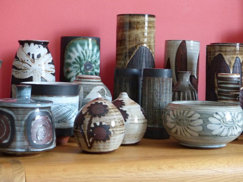 Briglin Pottery (London) - Page 8 P1080812