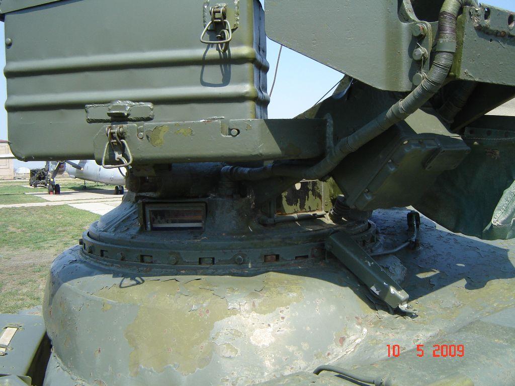Т-64АВ Трумпетер 1/35  - Страница 5 Dsc05910