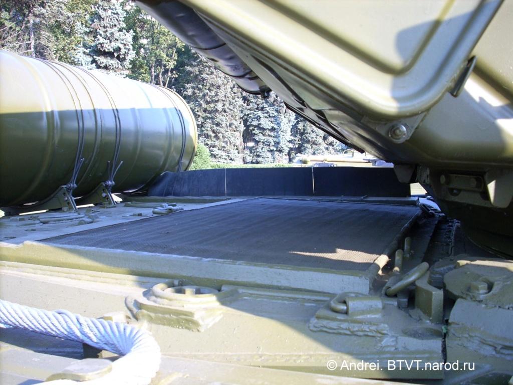 Т-64АВ Трумпетер 1/35  - Страница 6 Dscn0110