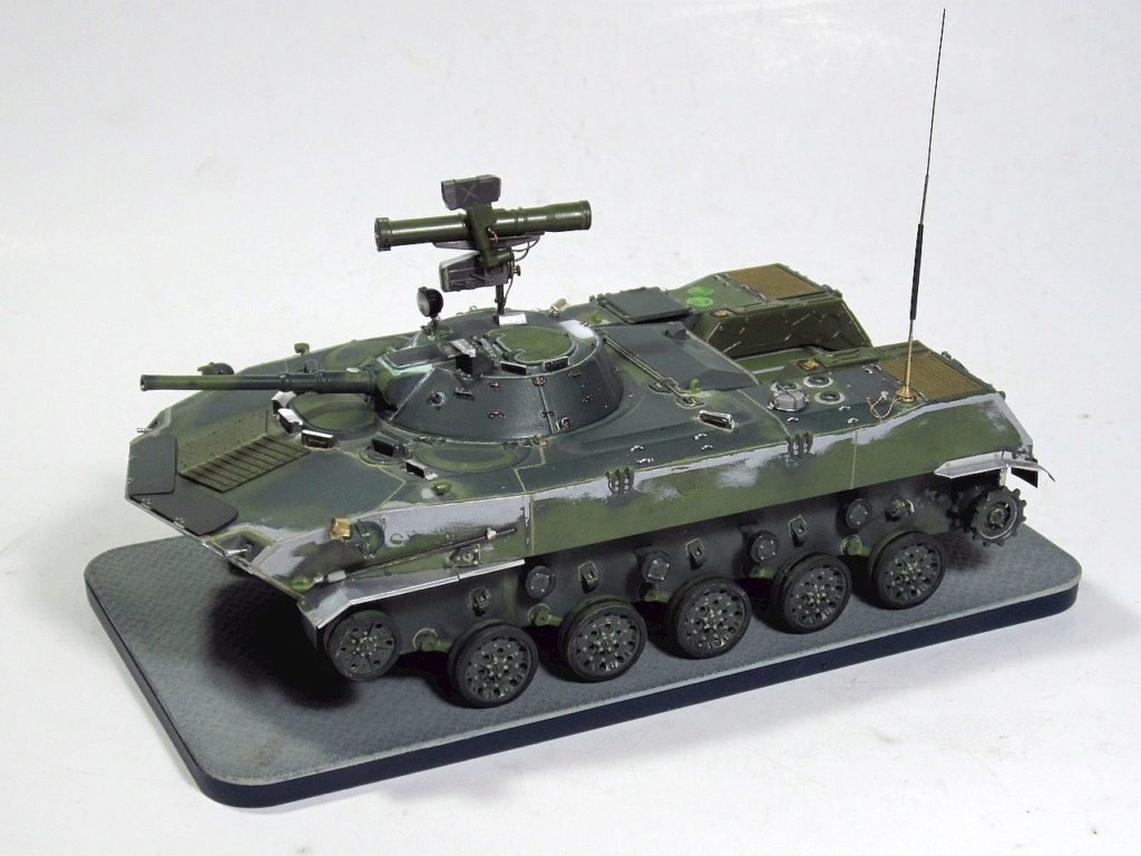 Алюминиевые танки. Техника ВДВ. БМД-1П - Страница 2 Img_3338