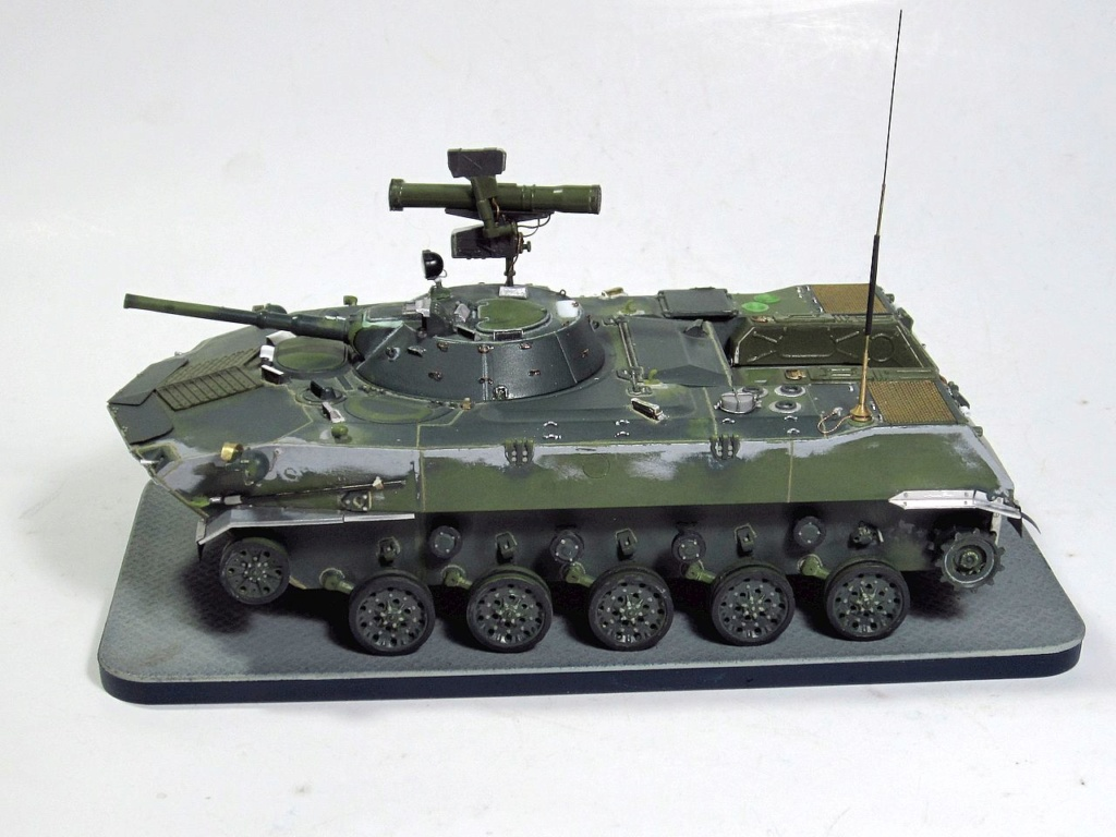 Алюминиевые танки. Техника ВДВ. БМД-1П - Страница 2 Img_3342