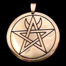 Entscheidende Amulette und ihre Bedeutungen Images10