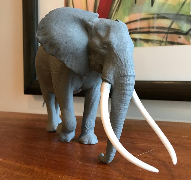 Large Bull African elephant replica E10