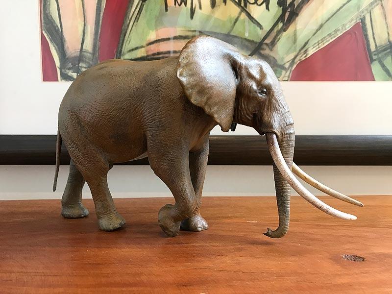 Large Bull African elephant replica Elepha10