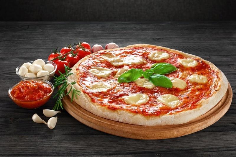 Pizza em forno tradicional a gás Pizzam10
