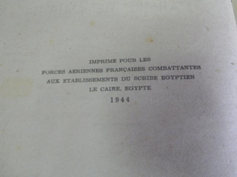 Manuel du gradé 1944 FAFC et dictionnaire aéronautique 1943 FAFL 100_3811