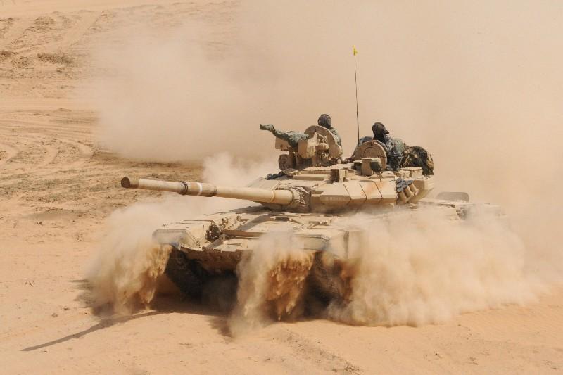 Vente importante de chars T90 russes à l'Irak Char-r10
