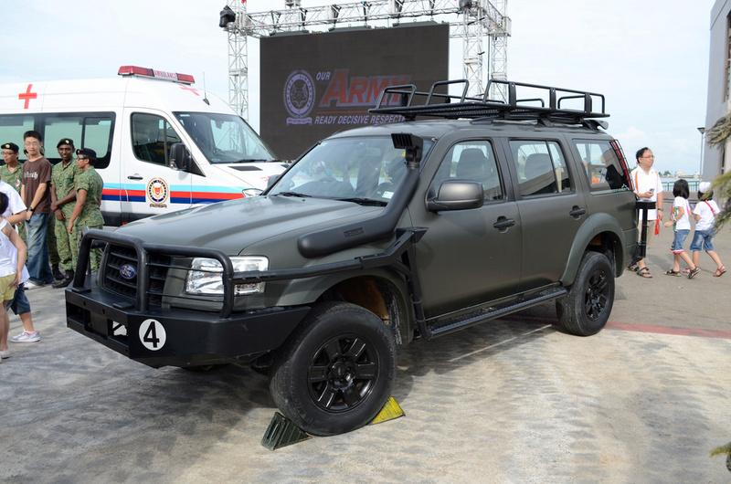 Le Ford Everest, VLTP des forces de sécurité de Singapour Forces13