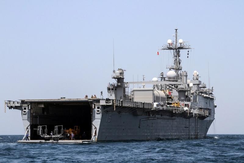 L'ESB UNSS Lewis B. Puller remplace l'USS PONCE Image10