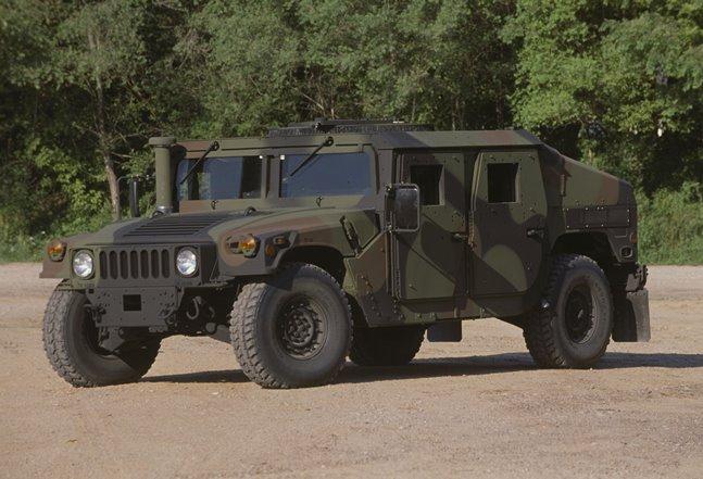 Des systèmes d'artillerie HIMARS pour la Roumanie M1151h10