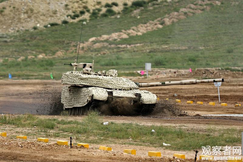 Première série de chars de combat chinois VT4 Vt-4-c12