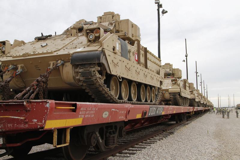 Relève des brigades US dans les pays de l'Est Z4azzt10