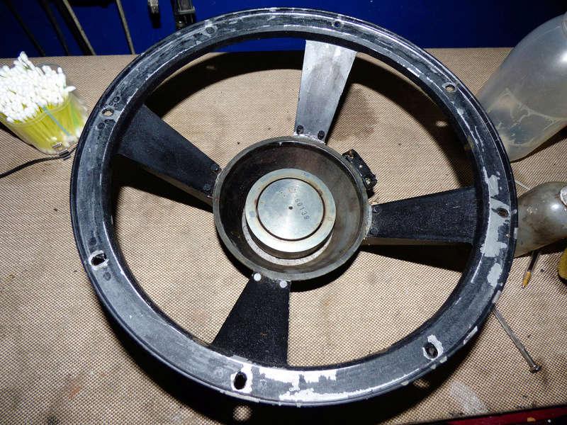 PARLANTE  B&C  12 pulgadas  pesima reparacion Uno-a10