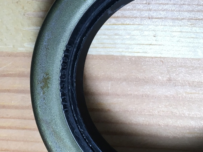Bearing de roue Img_0313