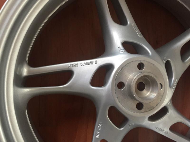Rear wheel modification -  K1200 or K1100 on the K100? S-l16010