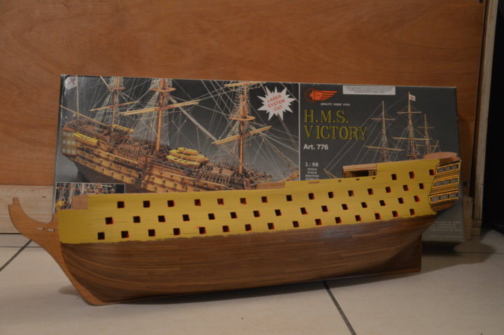 H.M.S Victory 1:98 Mantua Model Maquet36