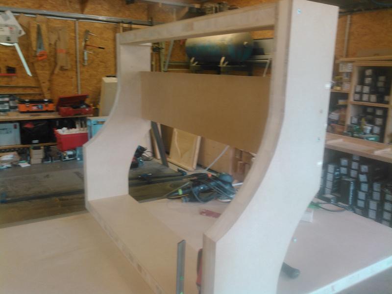 Conception CNC pour atelier - Page 4 Kimg0228