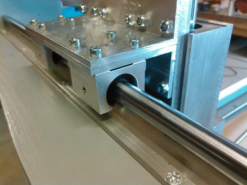 Conception CNC pour atelier - Page 6 Kimg0242
