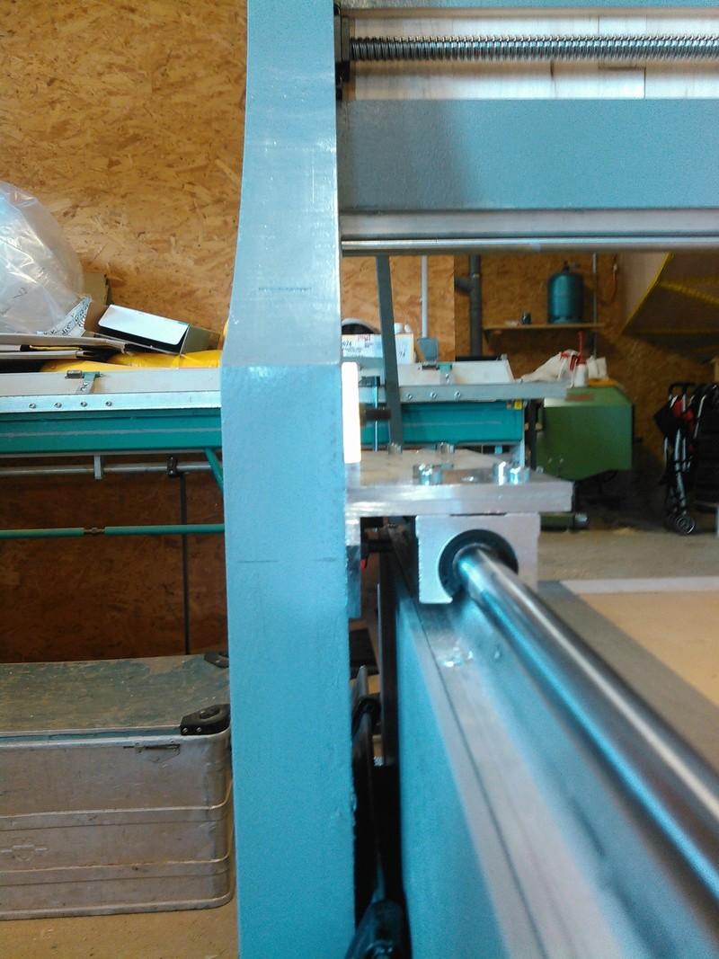 Conception CNC pour atelier - Page 6 Kimg0244
