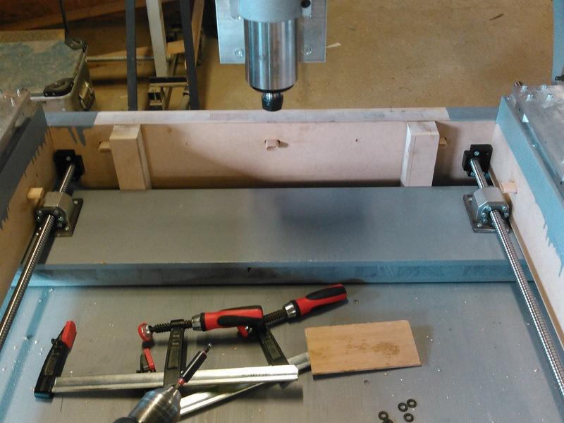 Conception CNC pour atelier - Page 6 Kimg0312