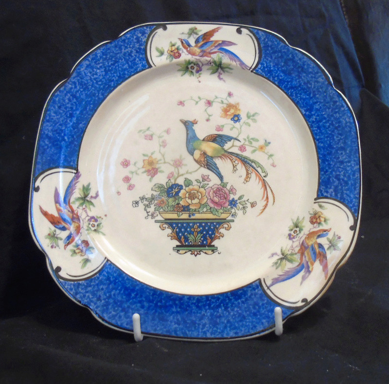 Two Plates Which I would like to identify Dsc02225