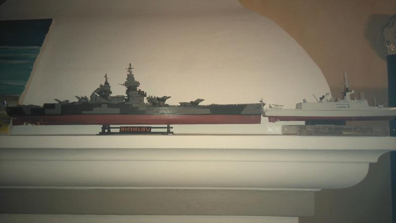 Présentation d'un midship, Matt-83  Dsc_0112