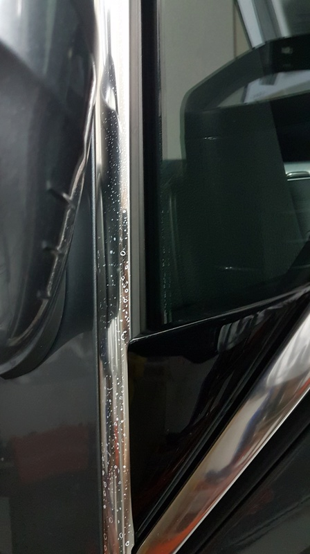 Macchie profili cromati nuova Audi A4 20170710