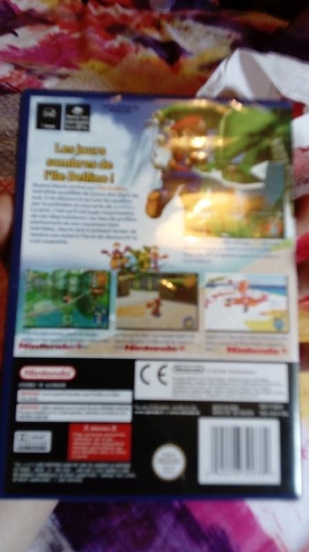 Probleme sur Super Mario sunshine sous blister. Besoin d'aide Dsc_0021