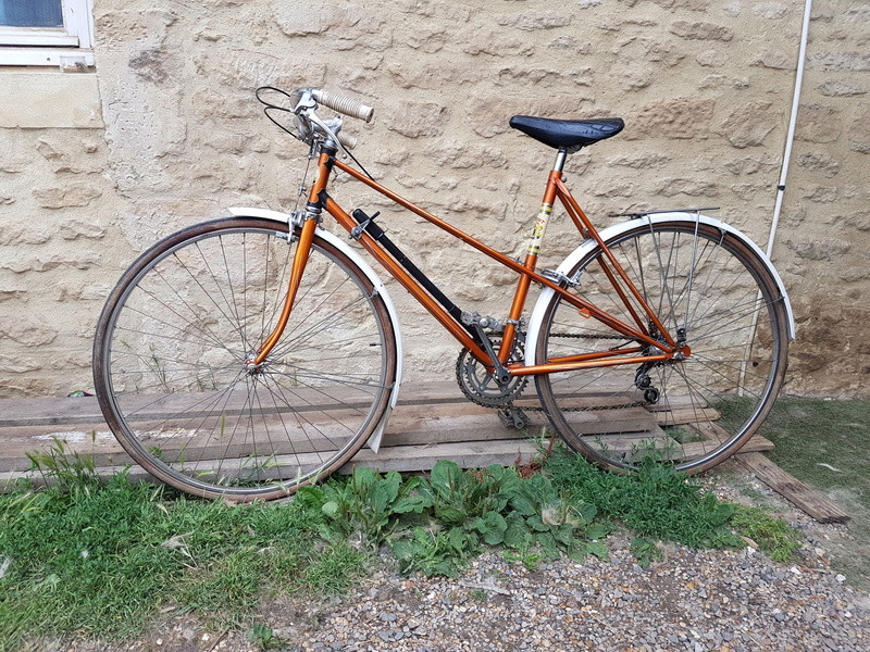 Le vélo de madame sans identité  20170611