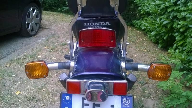 feux arrière Honda rebel 125 95 Wp_20122