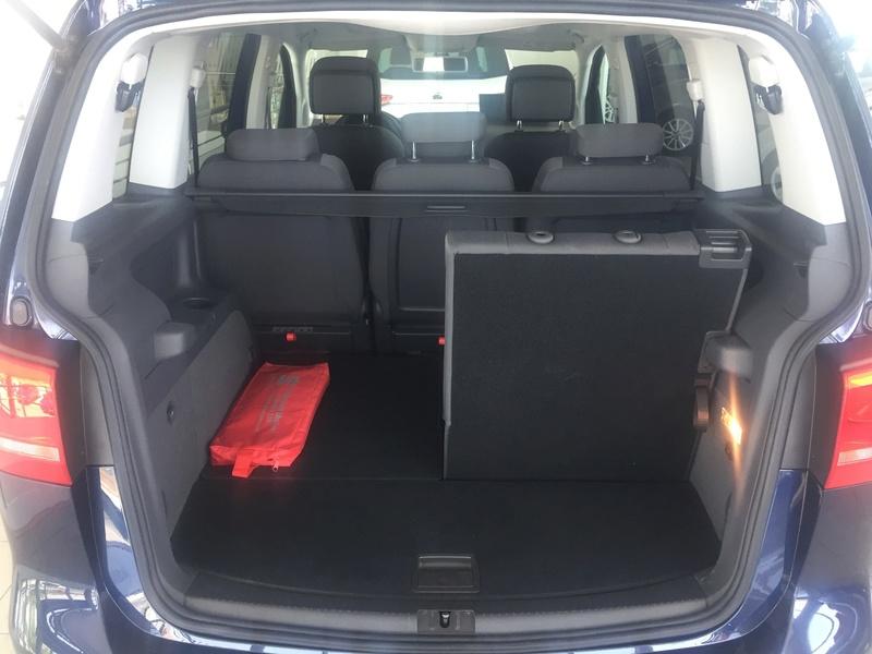 VW Touran 1.6TDI 105cv Bluemotion 610