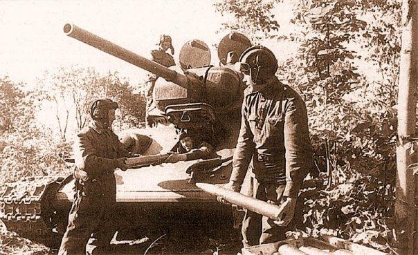 T 34-76 обр.43 г. от ICM X_fbd111