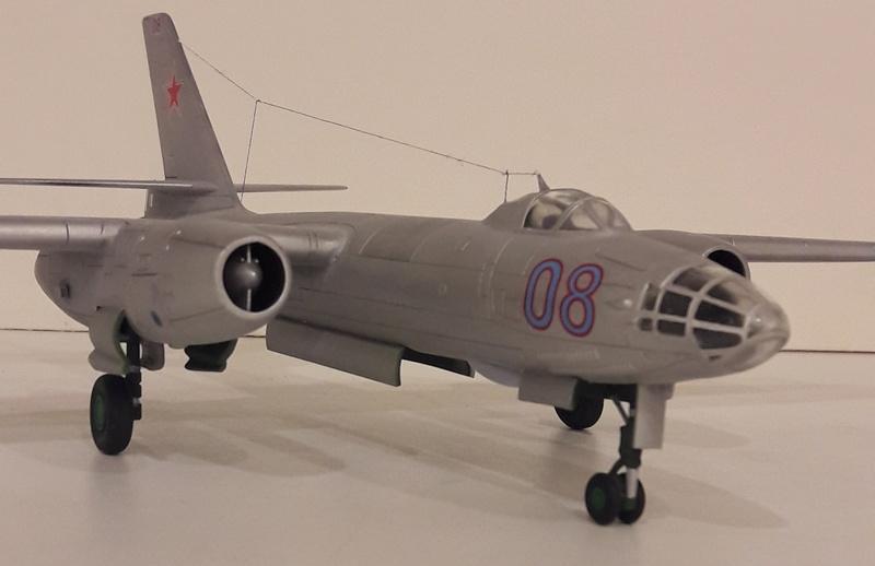 Ил-28 Моделист, 1:72 Il-28_12