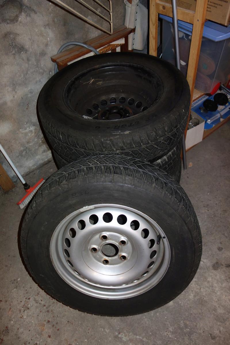 Vend 4 roues équipées pneus neige [vendu] 4_roue10