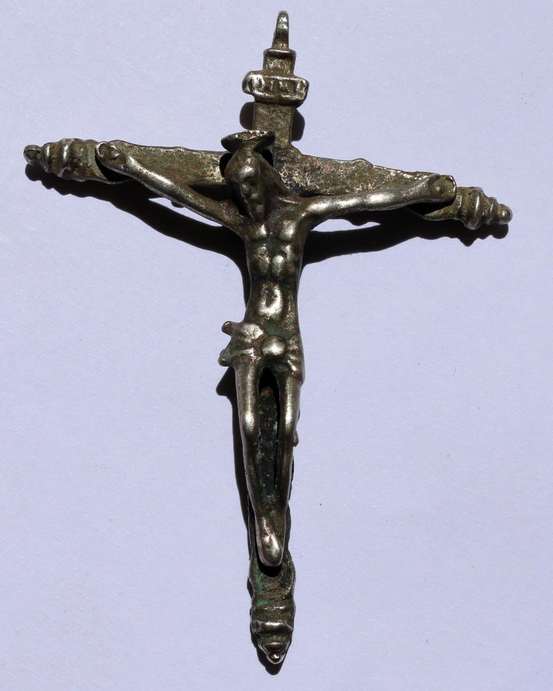 Crucifijo plata S.XVI falso?  Img_6412