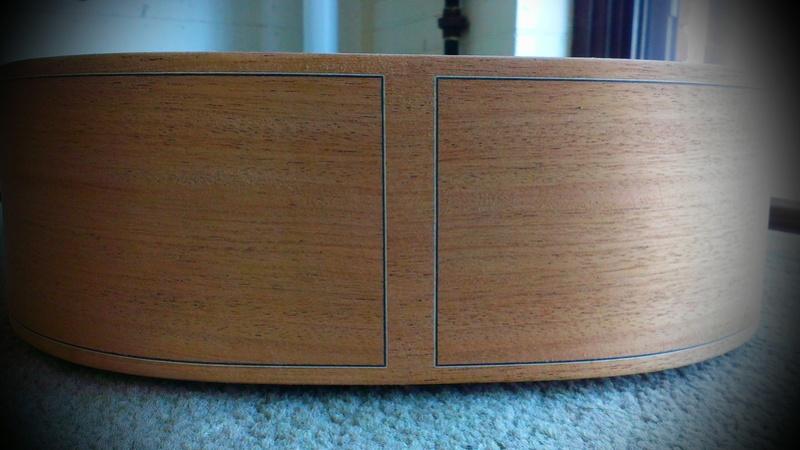 Présentation du luthier Théo Kazourian Imag3617