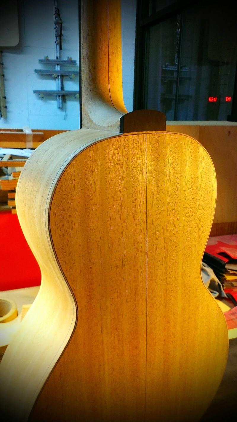 Présentation du luthier Théo Kazourian Imag3716
