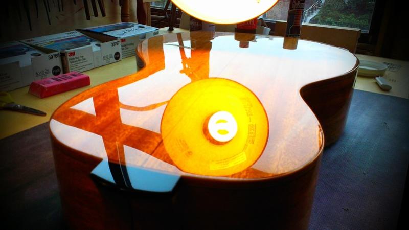 Présentation du luthier Théo Kazourian Imag3813