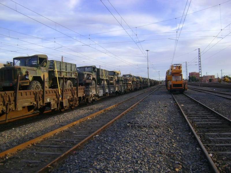 Photos - Logistique et Camions / Logistics and Trucks - Page 6 20882510