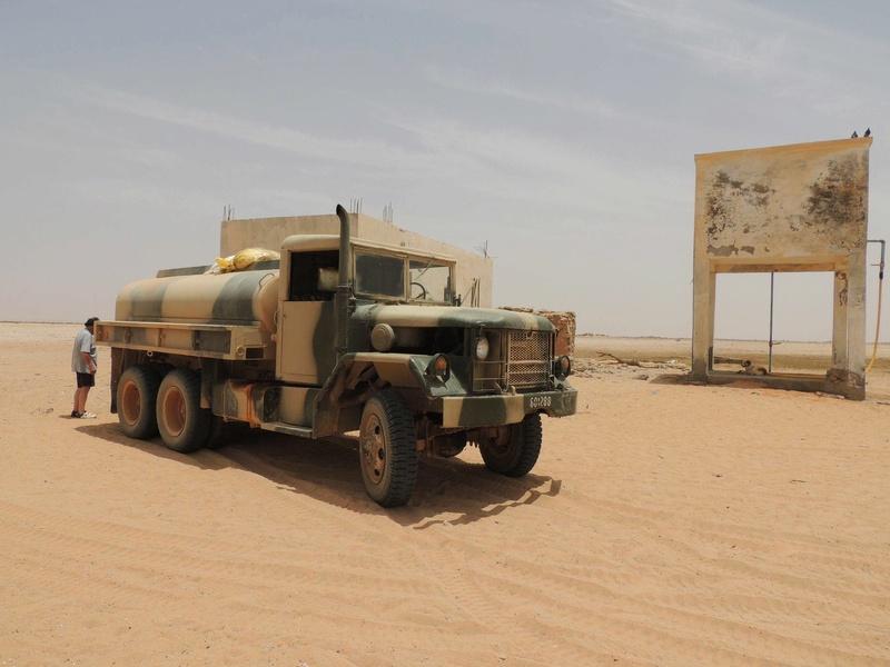 Photos - Logistique et Camions / Logistics and Trucks - Page 6 21246410