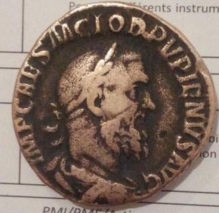 العملة الرومانية Img_2012