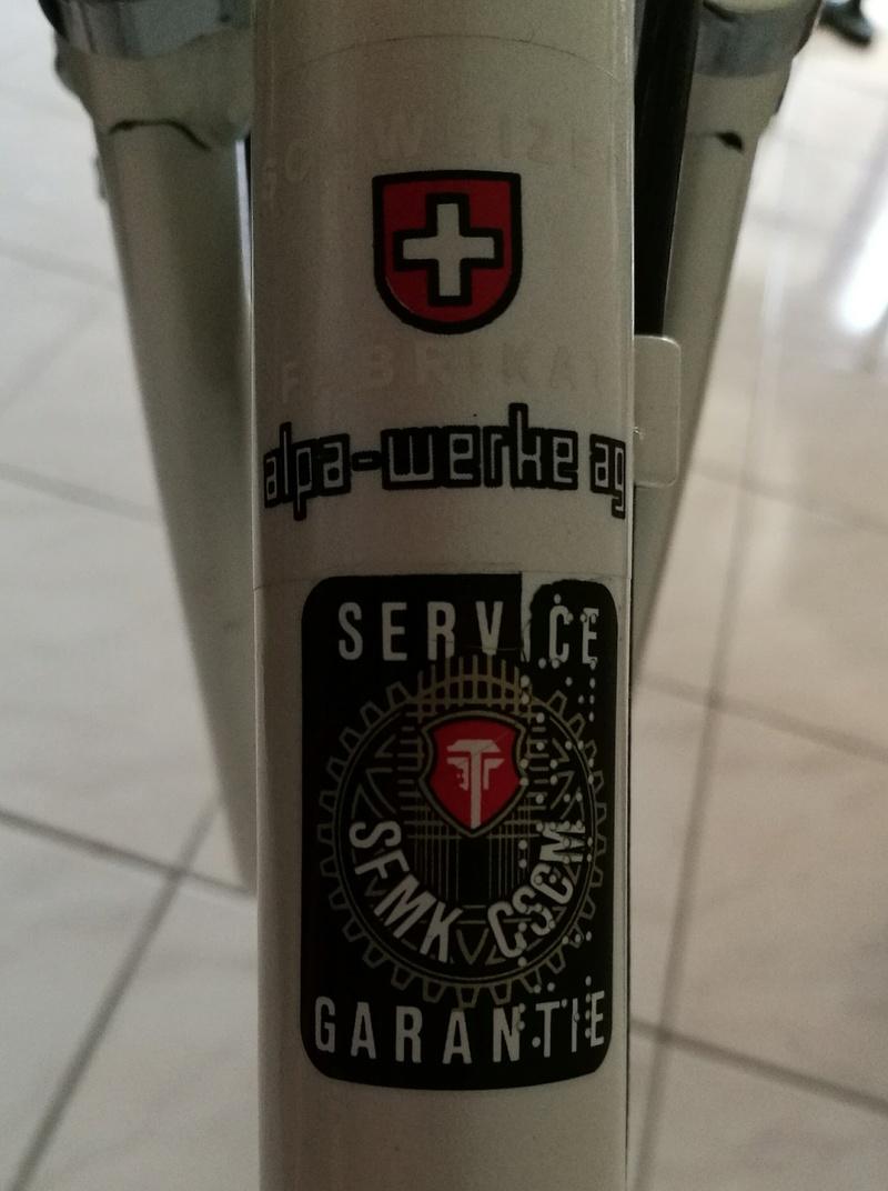Alpa, mon premier vélo..... Img_2010