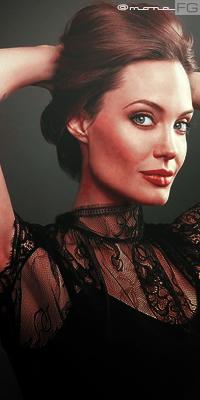 Angelina Jolie Ange210