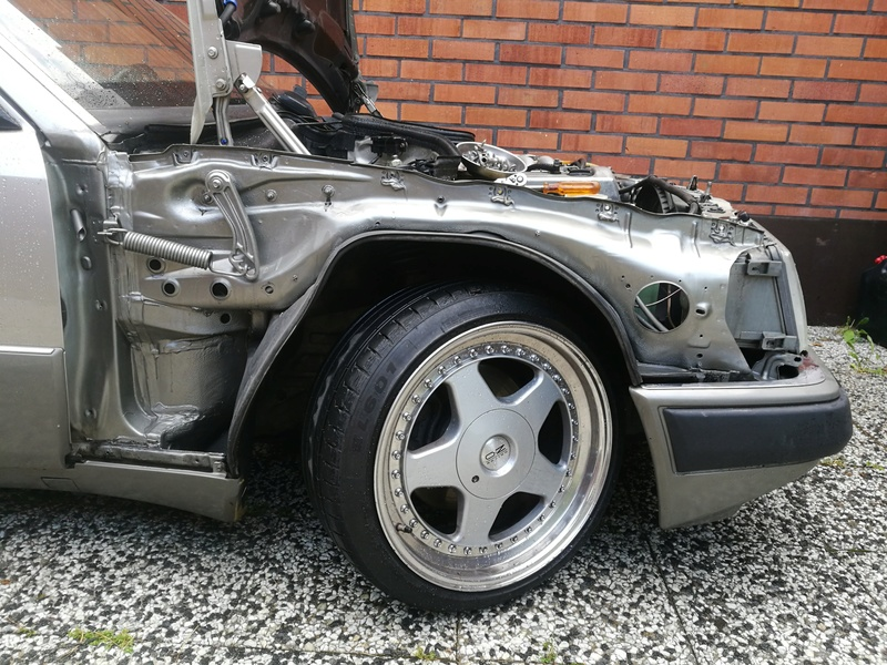 AlexiR: W124 300D, vanha rouva - Sivu 3 36585210