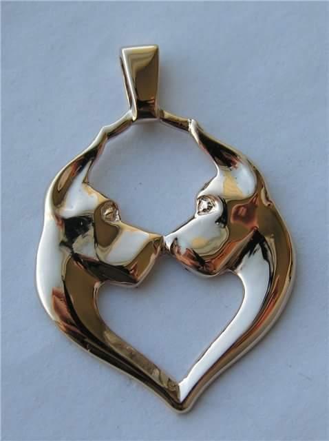Золотые и серебряные подвески с догами Heart211