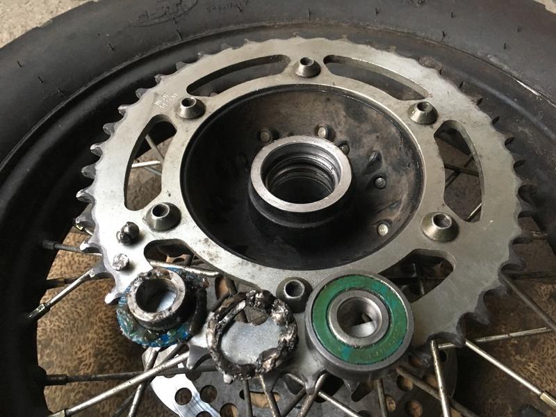 Заміна підшиника заднього колеса RX3 Moto_310