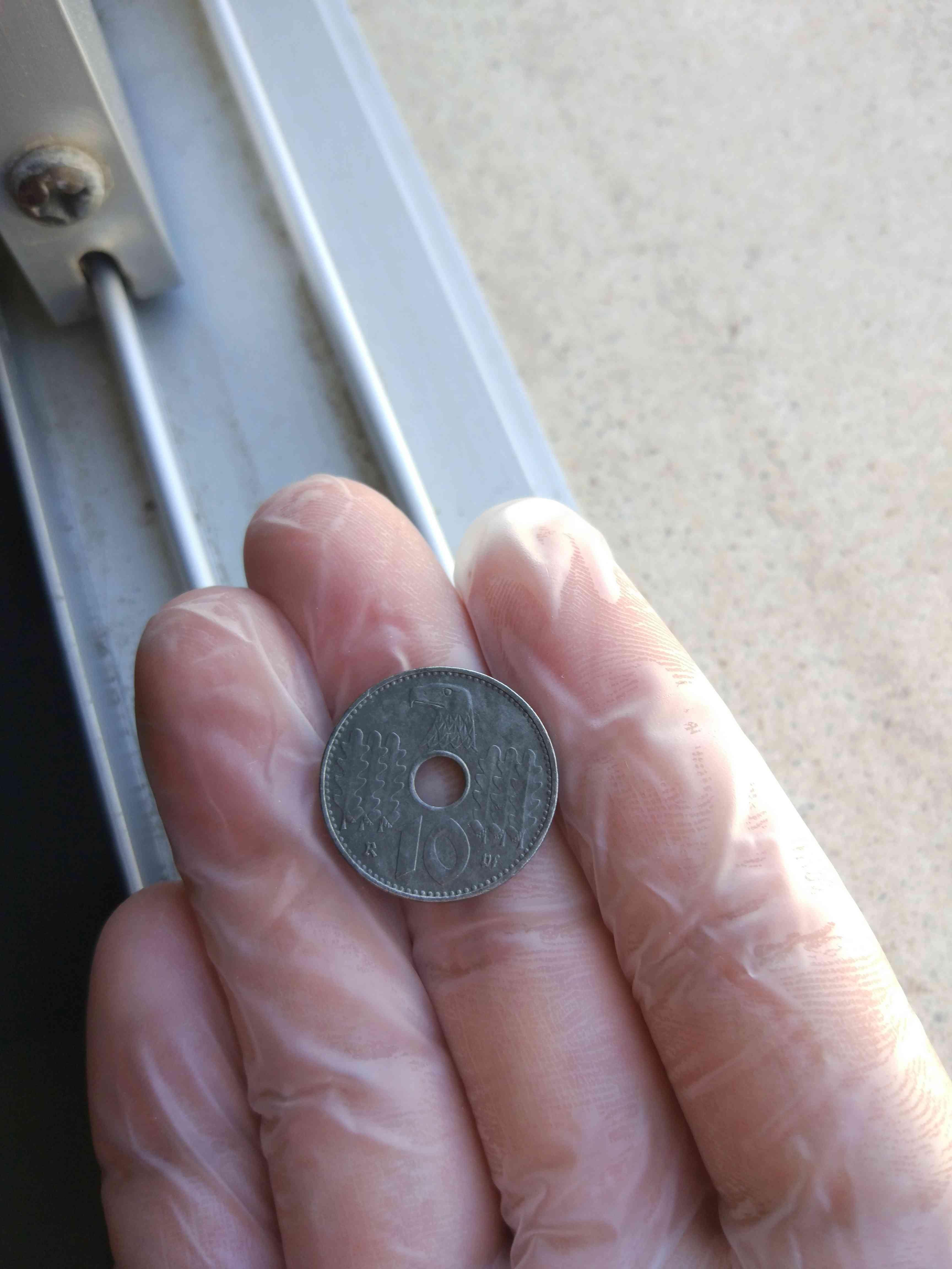 Opinad sobre la autenticidad de esta moneda del III Reich 210