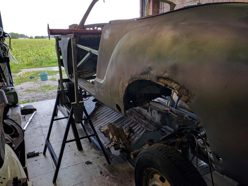 Karmann Cabrio 1970 qui a dormi 20 ans - Belgique Img_2017
